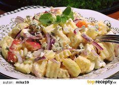 Sýrový salát s jablky recept - TopRecepty.cz Pasta Salad, Potato Salad, Appetizers, Potatoes, Ethnic Recipes, Food, Catalog, Crab Pasta Salad, Snacks
