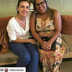 #Repost @wfbonemer with @repostapp • • •  Olha que registro maravilhoso do Encontro da querida Thais Mattoso (@thaismattoso ) com a nossa Diva Fátima Bernardes (@fbbreal ) no shopping Village Mall, Rio de Janeiro, hoje a noite (16/01). 😍😍😍 Próxima segunda-feira, Fátima volta às nossas telinhas.  #Fatimabernardes  #EncontroComFatima #FatimaNoShopping #Férias