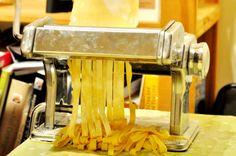 Back to basics - making fresh pasta. Basic Pasta Recipe, Pasta Recipes, Cooking Recipes, Fresh Pasta, Entertaining, Chef Recipes, Funny, Recipies