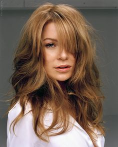 I don't care what anyone says, Ellen Pompeo is beautiful!