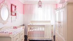Chambre de bébé: le cocon douillet de Mia | Les idées de ma maison © TVA Publications | Yves Lefebvre #deco #chambre #enfant #bebe #feminin #couleurs