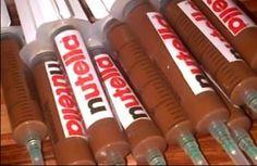 Para levantar a glicose dos convidados no final da festa: injeção de Nutella!