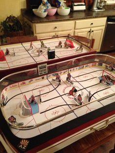 SoHo Coleco and SK Mini Rink Powerplay 2 Wayne Gretzky, Hockey Games, Old Games, Good Old, Soho, Eagle, Play, Mini, Model