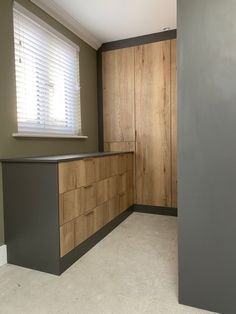 Beautiful contrated fitted wardrobes by Simply Fitted Wardrobes Fitted Bedrooms, Fitted Wardrobes, London, Fitness, Outdoor Decor, Inspiration, Beautiful, Design, Home Decor