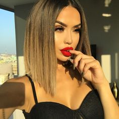This is a Brazilian Virgin Human Hair Lace Front Wigs Ombre Straight Short Bob Wigs . Pretty Hairstyles, Bob Hairstyles, Straight Hairstyles, Balayage Hair, Ombre Hair, Medium Hair Styles, Short Hair Styles, Pinterest Hair, Hair Dos