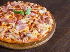 Pizza Hut, Calzone, Gouda, Hawaiian Pizza, New Recipes, Good Food, Pains, Boudoir, Ham Pizza