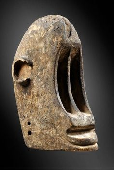 Africa 'Black monkey' face mask from the Dogon people of Mali wood and pigments ca. 1960 or earlier African Love, African Art, Tribal African, Monkey Mask, Art Nouveau Furniture, African Sculptures, Art Premier, Masks Art, African Masks