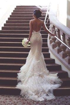 Unique backless wedding dresses 39