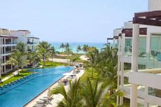 Stunning Views to the Ocean from this 2 bedroom condo, Coco beach, Playa del Carmen - TOPMexicoRealEstate.com.