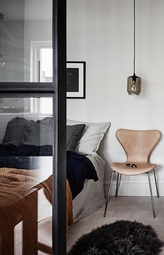 Stylish small studio - via Coco Lapine Design blog