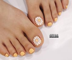 toenails, summer toenails toenail designs for summer, simple pedicures, hot toenails 2019 Nails & Co, Feet Nails, My Nails, Toenail Art Designs, Simple Nail Art Designs, Summer Toenail Designs, Summer Pedicure Designs, Flower Pedicure Designs, Easy Designs