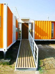 Shipping Container Homes: Proyecto ARQtainer - Casa, Chile - 5 shipping container Home  http://homeinabox.blogspot.com.au/2012/07/proyecto-arqtainer-casa-chile-5.html