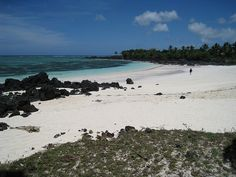Comoros islands - Beach near Mitsamiouli, Ngazidja - Our honeymoon!