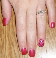 A La Mode again - this time with Leopard print ring fingers!  This was done using Flirt, A La Mode and Maroon