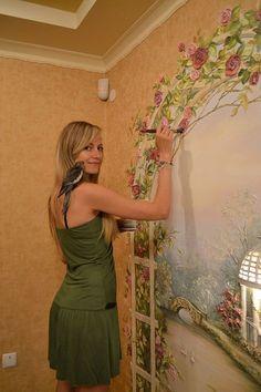 Decorazione per parete di interni: trompe l'oeil dipinto a ...