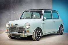 Mini Cooper. Replica. Check the door hinges and the door handle! Great recreation!