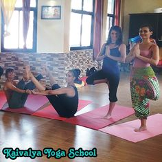 YA and YAI registered Kaivalya Yoga School in Rishikesh offers unmatched facilities to learn Authentic Yoga in India on the banks of river Ganges. The natural environment in the foothills of the Himalaya, supportive atmosphere, advanced facilities and the experienced yoga teachers like factors simplify yoga learning even for the basic level students.