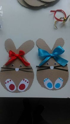 R vdv s 347 media analytics carole bonora analytics bonora carole media vdvs For Easter bags? R VDV's media analytics. Immediately try this Easy DIY Holiday Crafts! Bunny name tags For kids room door C is for Chickens by DCinkit - Cards and Paper Crafts a Spring Crafts For Kids, Bunny Crafts, Easter Art, Easter Projects, Easter Crafts For Kids, Easter Activities, Preschool Crafts, Diy And Crafts, Paper Crafts