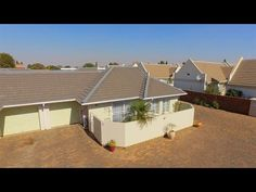 2 Bed Townhouse for sale in Gauteng Kempton Park, Private Property, Open Plan Living, Modern Bathroom, Home Buying, Crane, Townhouse, Shed, Tours