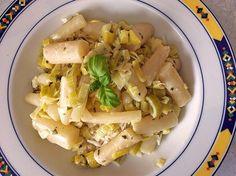 Schwarzwurzel - Curry, ein schönes Rezept aus der Kategorie Schmoren. Bewertungen: 28. Durchschnitt: Ø 3,7.