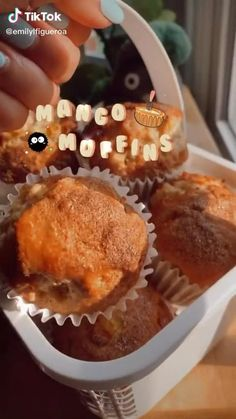 Mango Muffins, Fun Baking Recipes, Sweet Recipes, Dessert Recipes, Delicious Desserts, Yummy Food, Cafe Food, Food Cravings, Healthy Snacks