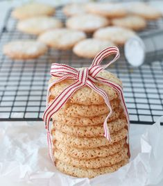 MANDELKJEKS MED SITRON | TRINES MATBLOGG A Food, Food And Drink, Norwegian Christmas, Dairy, Cheese, Baking, Cake, Tips, Bakken