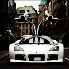 Sensational Gumpert Apollo S