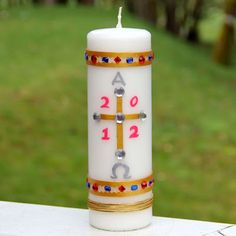 How to make your own Paschal candle, from Shower of Roses. This would make a lovely centerpiece!