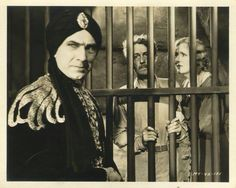 Bela Lugosi in Chandu the Magician directed by William Cameron Menzies and Marcel Varnel, 1932 Dracula Cape, Pre Code, Count Dracula, Horror Monsters, Horror Films, American Actors, In Hollywood, The Magicians, Che Guevara