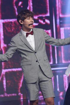 KIM TAEHYUNG | V | BTS | BULLETPROOF BOY SCOUTS's photos – 112 albums | VK