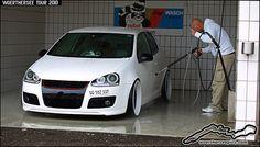 White VW Golf Mk5 GTI