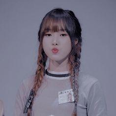 South Korean Girls, Korean Girl Groups, Sinb Gfriend, Jung Eun Bi, G Friend, Lets Dance, Dance The Night Away, Korean Singer, Kpop Girls