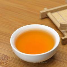 Da Hong Pao Wuyi Rock Oolong Tea Fujian is considered as the king of teas. Oolong Tea, Tea Art, My Tea, Drinking Tea, Cravings, Tasty, Make It Yourself, Canning, Fruit