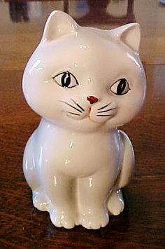 Vintage Otagiri OMC Japan 1980 Coin Bank Handpainted Cat Kitten Kitty