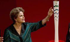 Rousseff dice que 'jamás renunciará'