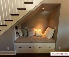 Leuk idee voor de ruimte onder de trap!