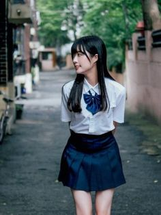 99474606 Pin on Chicks Japanese School Uniform Girl, School Girl Japan, School Girl Outfit, School Uniform Girls, Girls Uniforms, Japan Girl, School Uniforms, Japanese High School, Beautiful Japanese Girl
