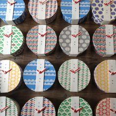 スーチェ : お引き菓子 | Sumally Food Box Packaging, Candle Packaging, Cool Packaging, Japanese Patterns, Japanese Design, Container Design, Dry Clay, Packaging Design Inspiration, Japanese Culture