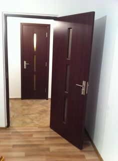 Montat usi Bucuresti-Preturi manopera usi interior,interioare