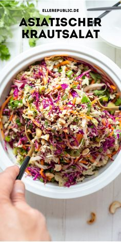 Asian Coleslaw, Healthy Coleslaw, Coleslaw Salad, Kale And Cabbage Recipe, Whole Food Recipes, Healthy Recipes, Asian Recipes, Food Inspiration, Food Porn