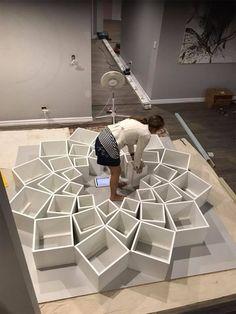 90 Amazing DIY Bookshelf Design To Complement Your Home Decoration 20 Diy Bookshelf Design, Bookshelf Makeover, Creative Bookshelves, Wall Bookshelves, Bookcase, Bookshelf Ideas, Unique Shelves, Diy Casa, Contemporary Home Decor
