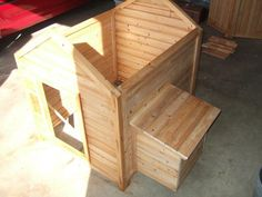 Adding nesting box to dog house turned chicken coop. should remember this for the day I decide to upgrade...