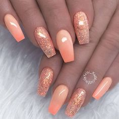 Everyone is obsessed with this ombré French mani Peachy ombre glitter acrylics<br> Love ombré nails? Check out the GLAMOUR team's favourite designs from French to bold, plus how to do it at home. Peach Acrylic Nails, Peach Nails, Summer Acrylic Nails, Glitter Acrylics, Peach Nail Art, Peach Colored Nails, Glitter Nails, Orange Ombre Nails, Nails Yellow