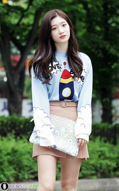 Korean Fashion Blog online style trend Korean Beauty Girls, Korean Girl, Asian Beauty, Kpop Fashion, Asian Fashion, Airport Fashion, Fashion Trends, Kpop Girl Groups, Kpop Girls