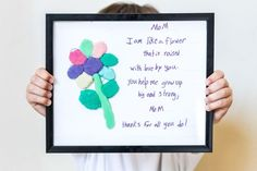 Free printable template! DIY mother's day crafts for kids, for preschoolers and for toddlers. These are easy to make for grandma or at school. So cute! #mothersday #mothersdaycrafts #mothersdaydiy Inexpensive Mother's Day Gifts, Easy Diy Gifts, Homemade Gifts, Great Mothers Day Gifts, Mothers Day Crafts, Mother Day Gifts, Cool Writing, Kids Writing, Fun Crafts