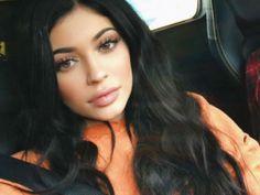 Kylie Jenner se despide de su larga cabellera, ¡y luce como nueva! Se renovó para iniciar el año.
