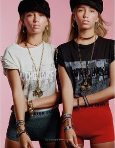 Lisa and Lena Lisa, Boy Best Friend Pictures, Ephesians 5 11, Tush Magazine, King Of Kings, Verona, Twins, Best Friends, Photography