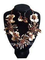 Elegent Flower Design Shell and Freshwater pearl set necklace+earrings jewelry set party anniversary wedding gift FN009