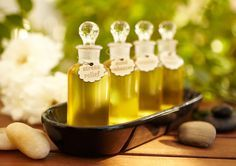 The Top 10 Brands of Natural and Organic Facial Oils for Soft, Glowing Skin Natural Essential Oils, Essential Oil Blends, Holistic Remedies, Natural Remedies, Arthritis, Getting Rid Of Gas, Organic Facial, Organic Oils, Bath Recipes
