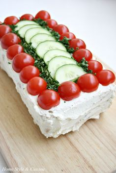 Home Style and Cuisine: Sandwich Cake (бутербродный торт) Party Sandwiches, Sandwich Cake, Sandwich Platter, Snacks Sains, Savoury Cake, High Tea, Clean Eating Snacks, Quick Easy Meals, Food Inspiration